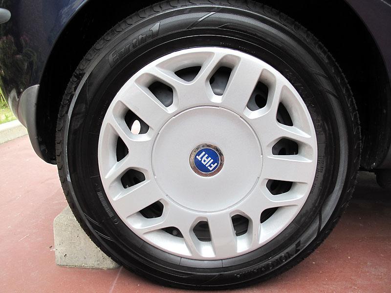 Tire_change4